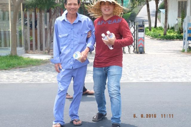 Team building: bán bắp, taken by PNT